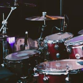 Original Drumskin mit Autogramm von Jussi 69
